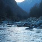 Cambio di luce sulle acque del Sesia