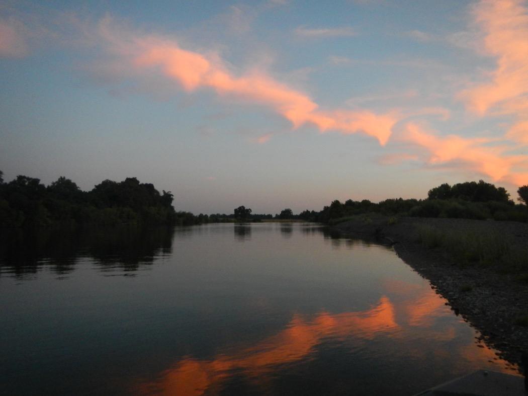 Alba sul Sacramento River