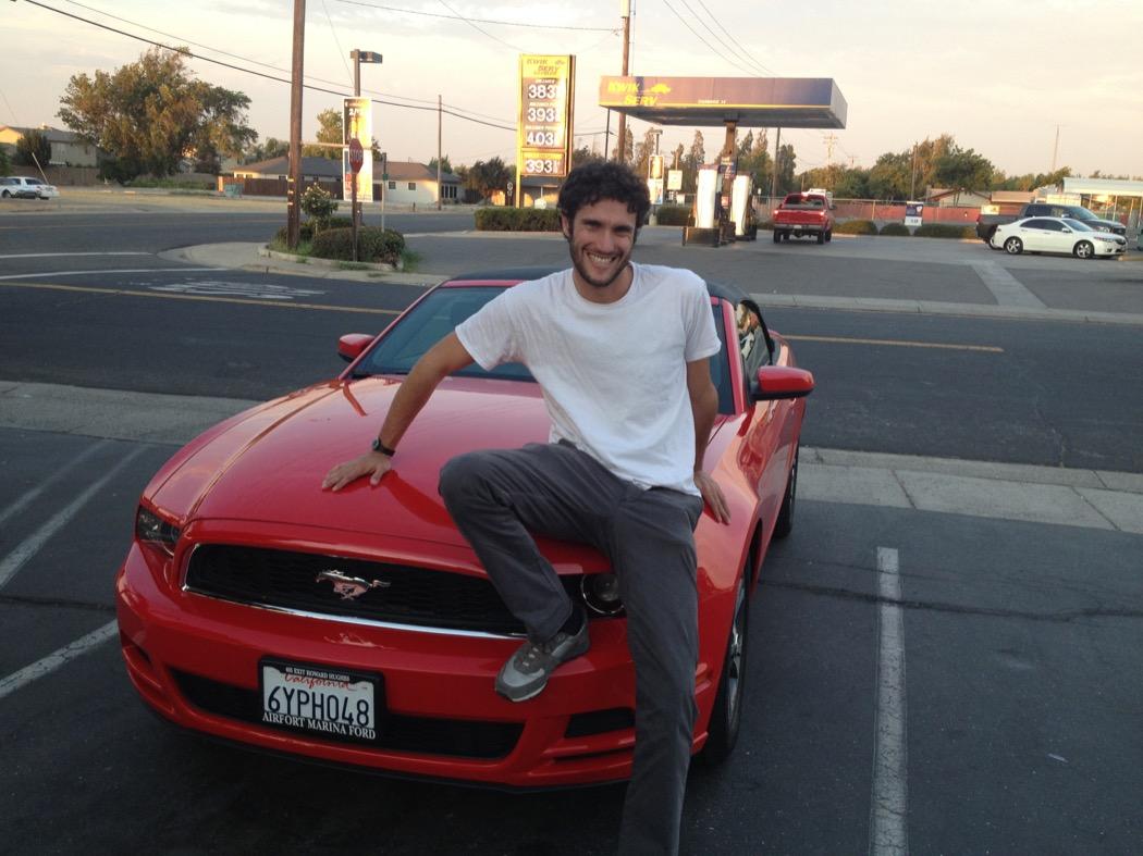 Tamarro italiano e Ford Mustang