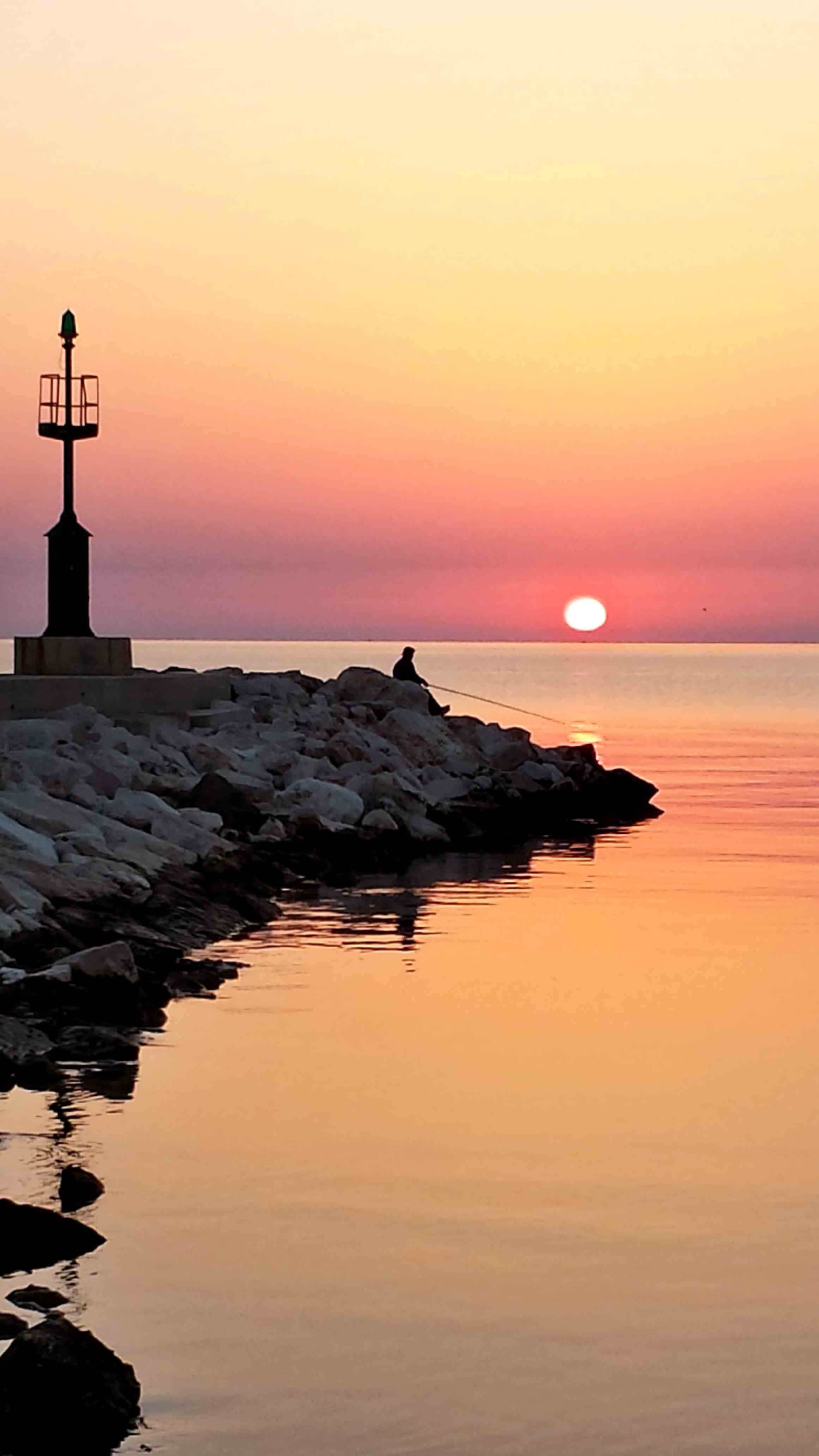 Pescatore in alba garganica