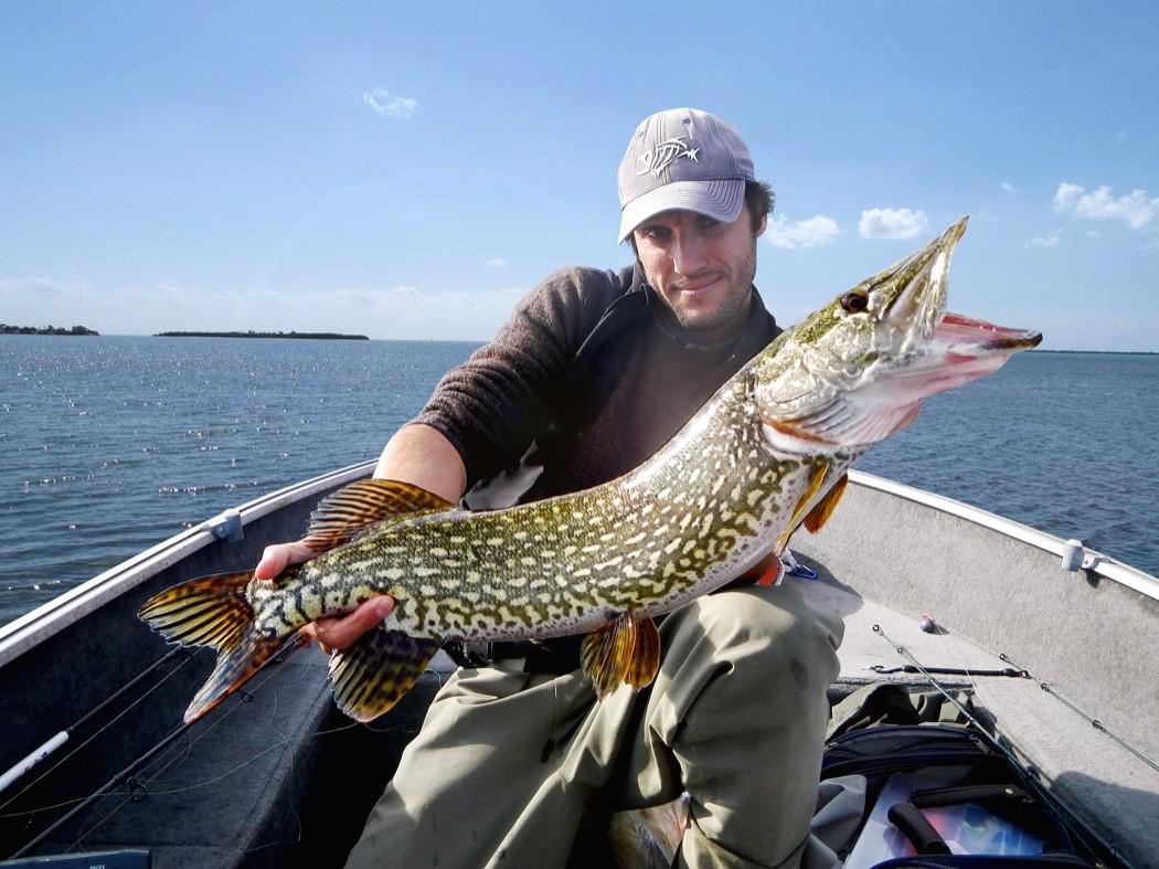 Laccordatura di UAZ che caccia di pesca