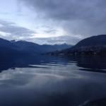La meraviglia della luce tra cielo e acqua