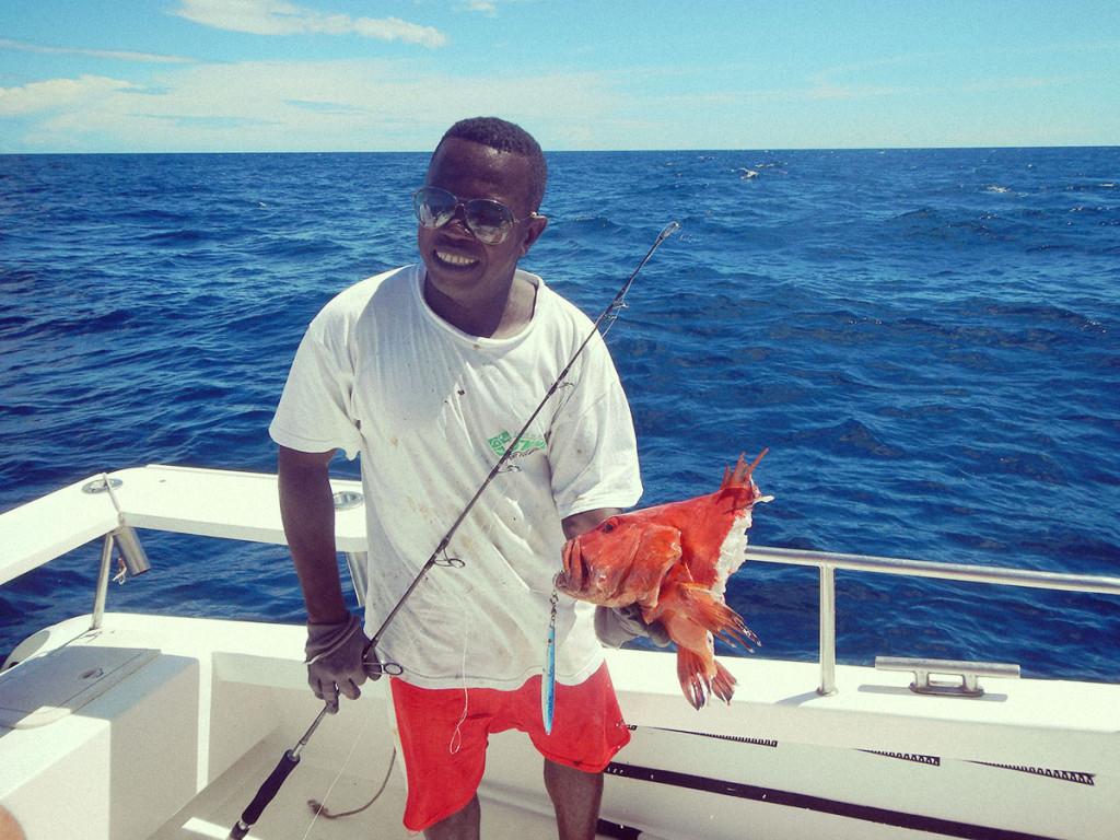 Thierry e pesce mozzato da squalo in Madagascar