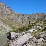 Il lago e le montagne