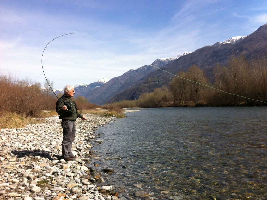 Ruccio in pesca sul suo Toce