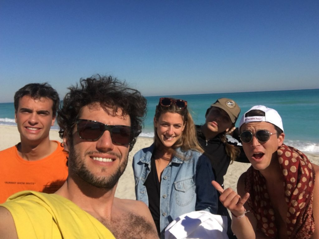 Tommy, Pietro, Theresa, Giulia e Lodovico