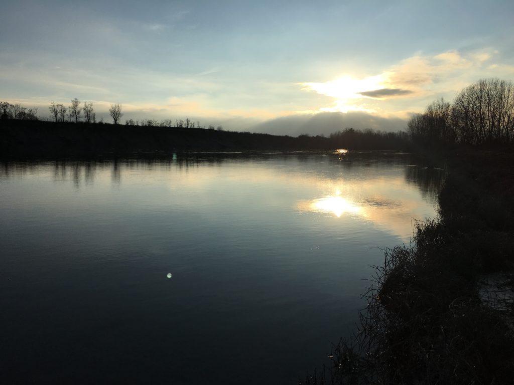 Luci sul fiume.