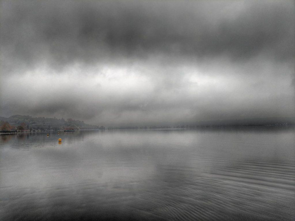 nebbia lago viverone