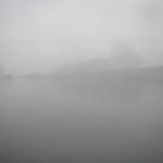 Bruma e nebbia sull'acqua