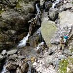 Lo scolo, torrente, di un lago alpino